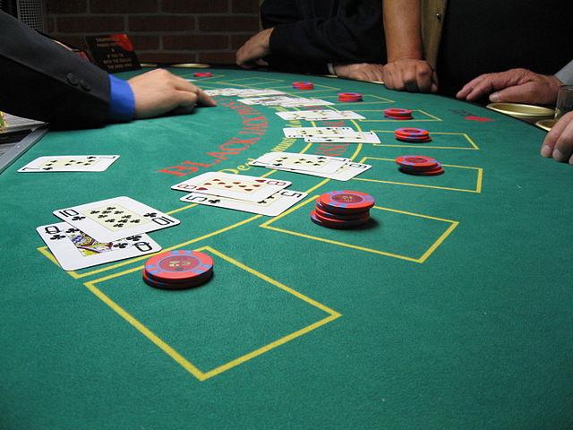 640px-Blackjack_board